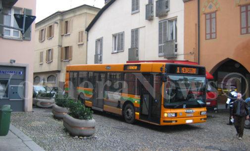 """VOGHERA 29/11/2019: Bus in città. Autoguidovie subentra Sapo. Ecco tutte le novità. La nuova ditta """"salva"""" i vecchi autisti e promette nuove assunzioni"""