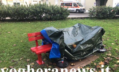 """VOGHERA 07/11/2019: Violenza sulle donne. Una """"panchina rossa"""" anche all'Ospedale. L'inaugurazione domani insieme al nuovo sportello creato negli ambulatori di via Barenghi"""