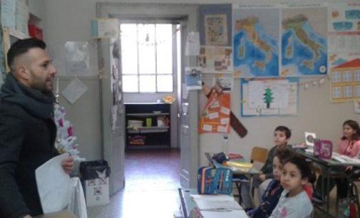 VOGHERA 20/12/2019: La borraccia riutilizzabile firmata ASM arriva alla Scuola De Amicis