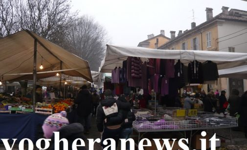 PAVIA VOGHERA VIGEVANO 03/12/2019: Troppe cose che non vanno. Gli ambulanti protestano e spiegano i disagi della categoria sulle piazze della Provincia di Pavia