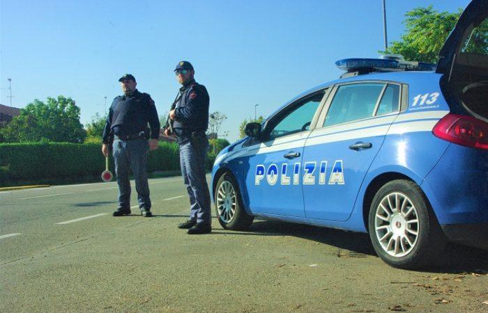 VOGHERA 09/12/2019: Nell'auto (illegale) droga e soldi. In casa una divisa da carabiniere. Un arresto e una denuncia