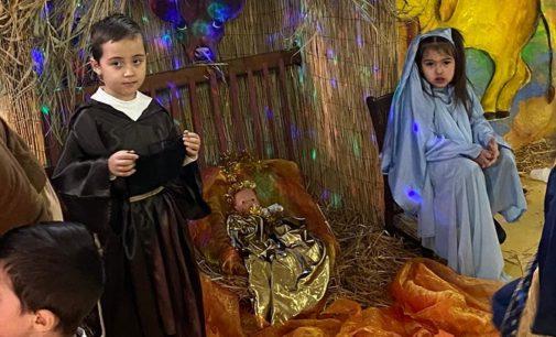 """VOGHERA 19/12/2019: """"La piccola Betlemme"""" al Palli. Grande successo per il Presepe vivente realizzato alla Scuola dell'Infanzia di Via Veneto"""