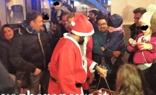 VOGHERA 22/12/2019: Alla Stazione il treno speciale con Babbo Natale e i doni