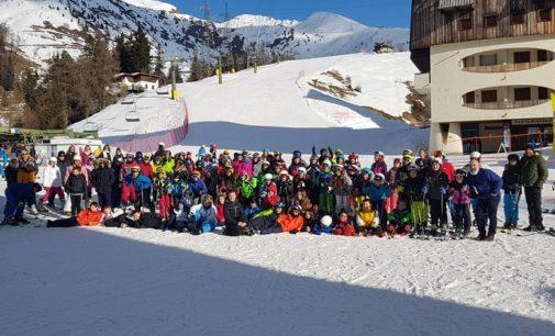 VOGHERA 21/01/2020: Scuola. Gli alunni della Dante in gita sulle piste di Foppolo