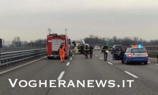 DORNO 29/02/2020: Automobilista perde il controllo e si ribalta sulla A7