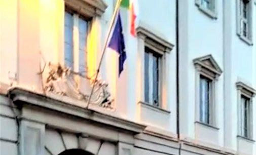 VOGHERA 17/02/2020: Sul palazzo dell'ex Anagrafe mancava la Bandiera. L'odissea burocratica lunga 9 mesi di un Comitato cittadino per fare tornare il Tricolore