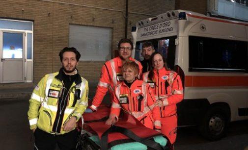 """SANNAZZARO 05/02/2020: Il """"lieto evento"""" in Ambulanza. Paura stanotte per una coppia ma tutto è andato bene"""