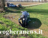 MONTEBELLO 20/02/2020: Scontro sulla Bressana-Salice. Auto finisce nel campo. Due donne al pronto soccorso