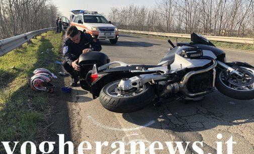VOGHERA 14/02/2020: Scontro auto-moto sulla tangenziale nord. Feriti i due centauri. La polizia locale cerca testimoni