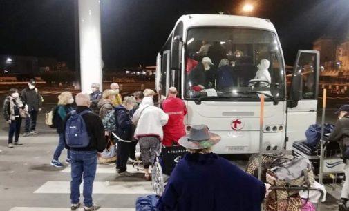 """VOGHERA 23/03/2020: Coronavirus. La Cri cittadina impegnata nell'operazione """"Costa luminosa"""" e nelle consegne di materiale al Policlinico di Genova"""