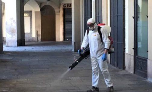 VOGHERA 26/03/2020: Coronavirus. Continua la sanificazione delle strade… con gli strumenti donati da una ditta. Tante le donazioni di privati a Comune e Ospedale