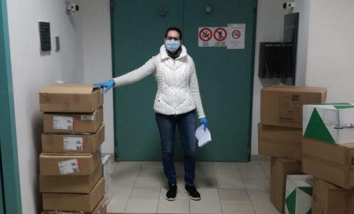 VOGHERA 21/03/2020: Coronavirus. Consegnato in Ospedale il primo materiale sanitario comprato con l'iniziativa di Rebecca Re. La raccolta continua
