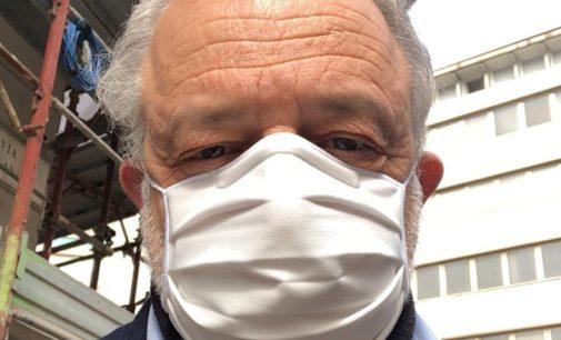 VOGHERA ITALIA 20/04/2020: Domenica tutti insieme in farmacia. La provocazione dell'ingegner Cester contro la quarantena anti coronavirus e per la ripartenza dell'economia