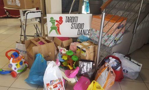 VOGHERA 29/05/2020: I soci del Tarditi Studio Dance regalano giochi ai bambini meno fortunati