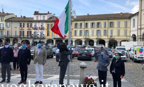 VOGHERA 25/05/2020: Prima Guerra Mondiale. In Duomo l'alzabandiera e la corona di fiori ai Caduti