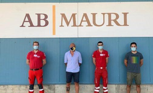 CASTEGGIO 30/06/2020: 200 tute protettive alla Croce Rossa dalla ditta di lieviti