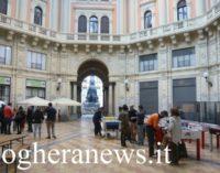 PAVIA 11/06/2020: Coronavirus. Vietato stazionare anche sotto i portici di Piazza Duomo e sotto la Cupola Arnaboldi