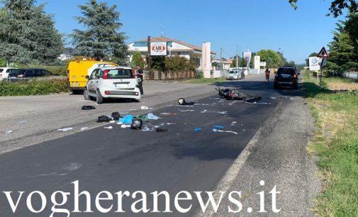VOGHERA 03/09/2020: Scontro moto auto. Un 28enne portato in gravi condizioni al San Matteo