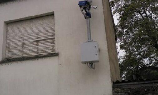 PONTE NIZZA 27/10/2020: Sicurezza. Il Comune accende una nuova telecamera. In arrivo anche due semafori per i pedoni sulla Sp461