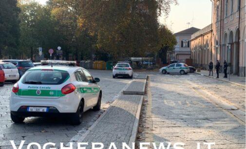 VOGHERA 06/11/2020: Sicurezza. Nuovo blitz della polizia locale in città. Oggi le pattuglie erano nel piazzale della stazione. Con loro anche la Polfer