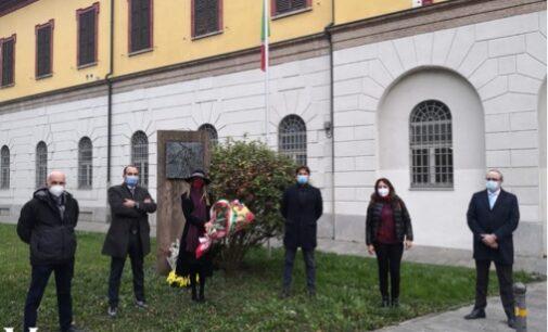 VOGHERA 12/11/2020: Martiri di Nassiriya. Sindaco e Giunta rendono omaggio al monumento ai caduti di via Gramsci