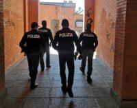 PAVIA 21/01/2021: Spaccia hashish. La Volante della polizia ferma e denuncia un 25enne