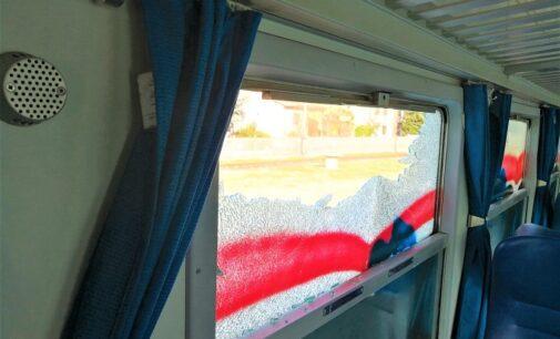 BRONI STRADELLA 25/04/2021: Vandalismi sui treni e in un Bar. I carabinieri individuano i presunti responsabili. Sono 5 minorenni tutti denunciati per una lunga serie di reati