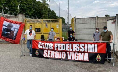 VOGHERA 24/02/2021: Calcio. Il Club fedelissimi Sergio Vigna domenica dona alimenti a chi ne ha bisogno