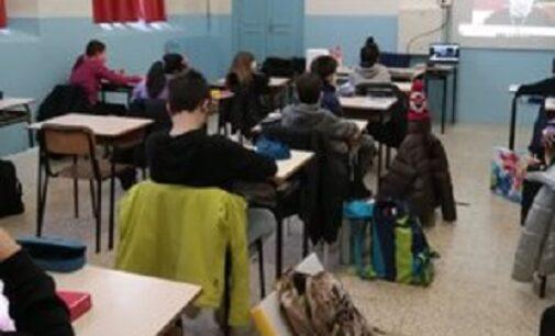 VOGHERA 18/02/2021: Scuola. Nell'ora di educazione civica l'intervento sulla pandemia del dott. Maga del Cnr