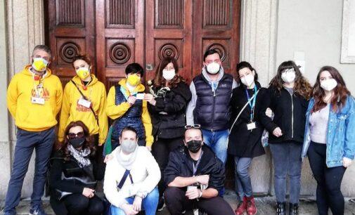 VOGHERA 29/03/2021: I volontari di Voghera Oltrepo Solidale in aiuto alle famiglie in difficoltà insieme ai Clown di Corsia