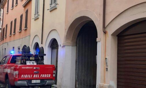 VOGHERA 30/04/2021: Fumo nero in centro storico. Incendio in una casa di via Borroni