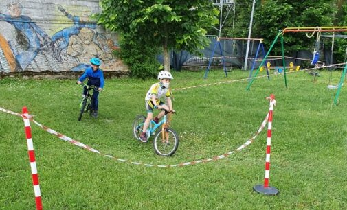 LUNGAVILLA 17/05/2021: Per tornare al ciclismo agonistico nell'era Covid. L'Upol allestisce un'area allenamento per i Giovanissimi