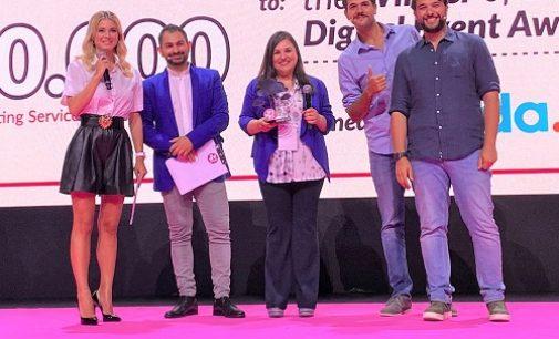 """VOGHERA 17/07/2021: """"Voghera Digital"""" evento nazionale dell'anno al Web Marketing Festival. Premio alla consigliera Gloria Chindamo"""