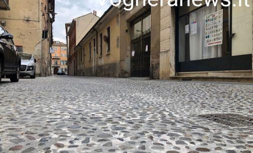 VOGHERA 15/07/2021: Finiti i lavori. Libera via Cavallotti. Il rifacimento del porfido di via Depretis invece è rimandato al 2022