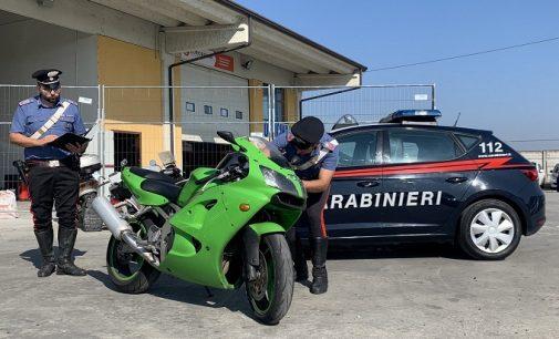 VOGHERA 27/09/2021: Non si ferma all'alt dei Carabinieri. Rocambolesco inseguimento per le strade cittadine. Fermato e denunciato un centauro