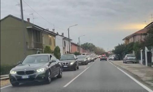 PAVIA 17/09/2021: Strade. Code e blocchi del traffico sulla direttrice est. Il Comitato Ponte Becca: Servono il raddoppio della Tangenziale e la Metropolitana leggera