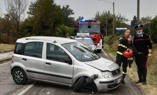 RIVANAZZANO 04/10/2021: Auto sbanda e si ribalta sulla Sp461. Ferita una pensionata. Il Lunedì parte con una raffica di sinistri