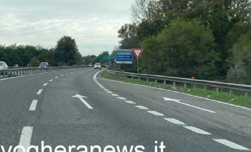 PAVIA 08/10/2021: Manovre in contromano sulla Tangenziale Ovest. Il gestore (la società Milano-Serravalle) introduce le 'frecce salvavita'